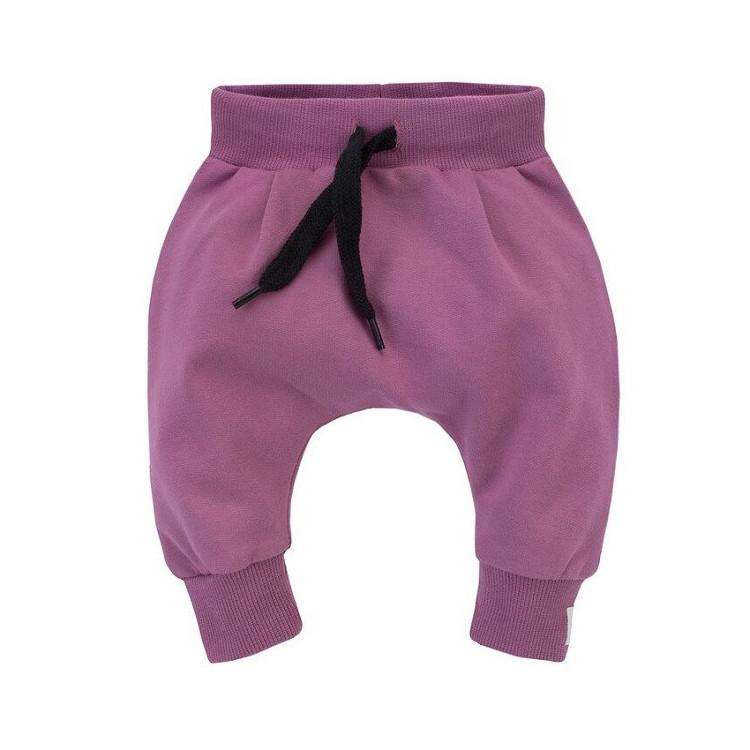 Kojenecké kalhoty se sníženým sedem Pinokio My Garden - fialové